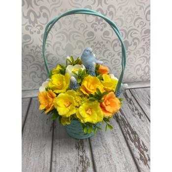 Композиция тюльпаны и крокусы